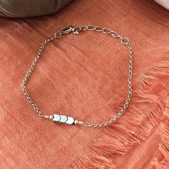 Jewelry - NWOT - ARROW BRACELET WITH LOBSTER CLASP